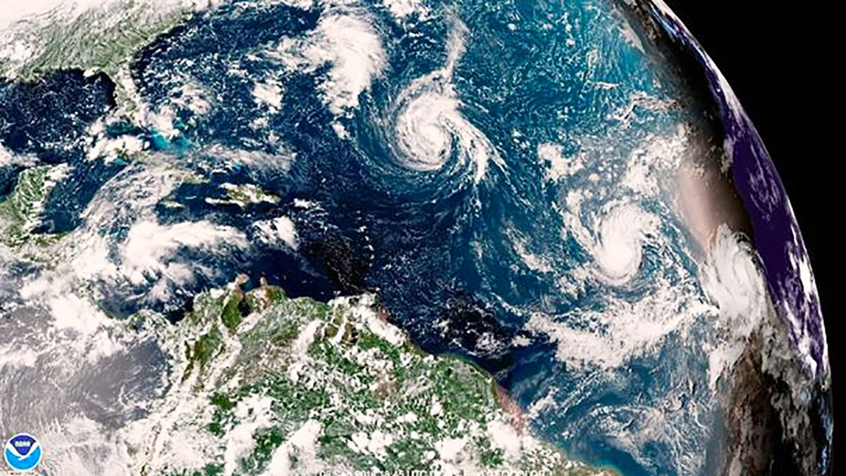 UNC-Wilmington issues mandatory evacuation order beginning Monday