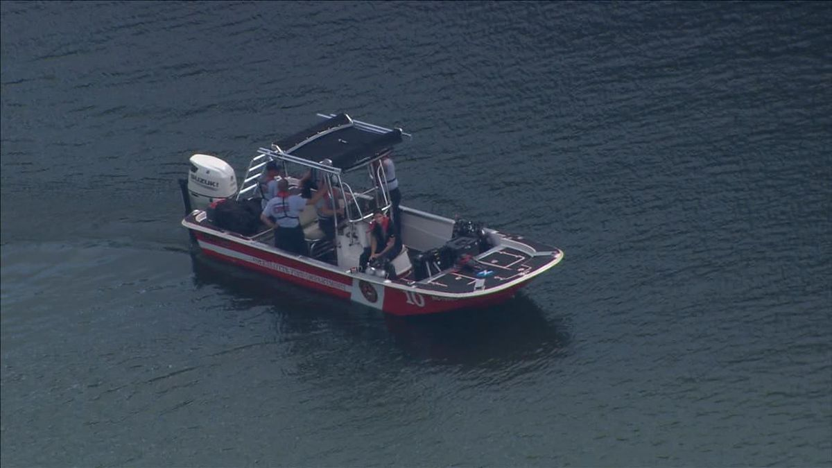 CMPD investigating after swimmer drowns in Lake Wylie, another taken to hospital