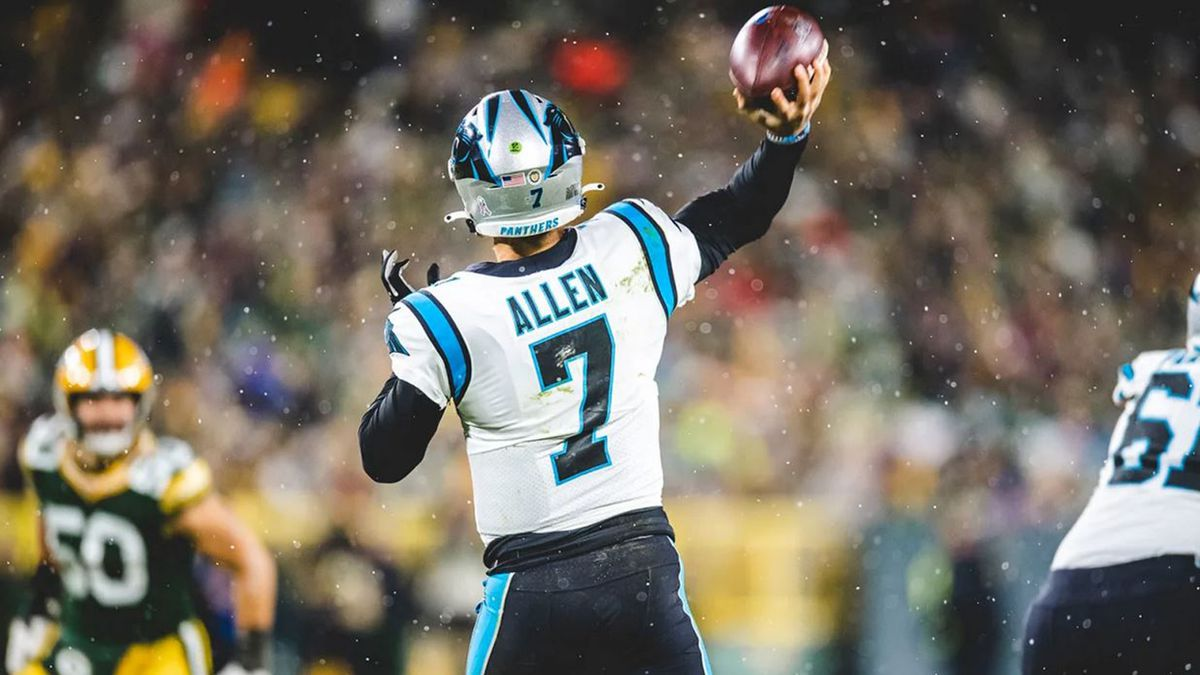 QB Kyle Allen signs 1-year contract extension with Panthers