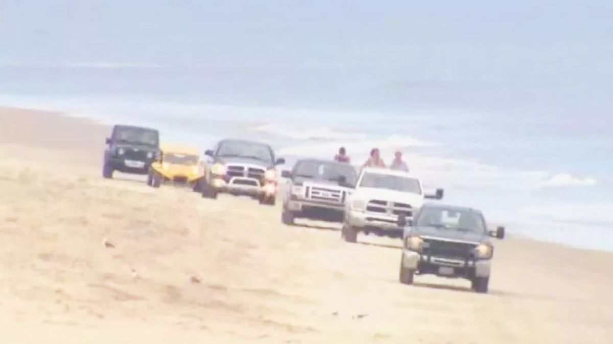 Child struck by NC sheriff's vehicle on Outer Banks beach