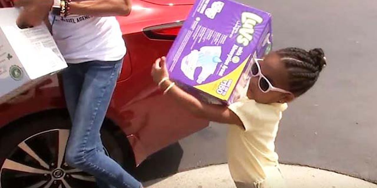 3-year-old uses lemonade stand profits to buy diapers for moms in need