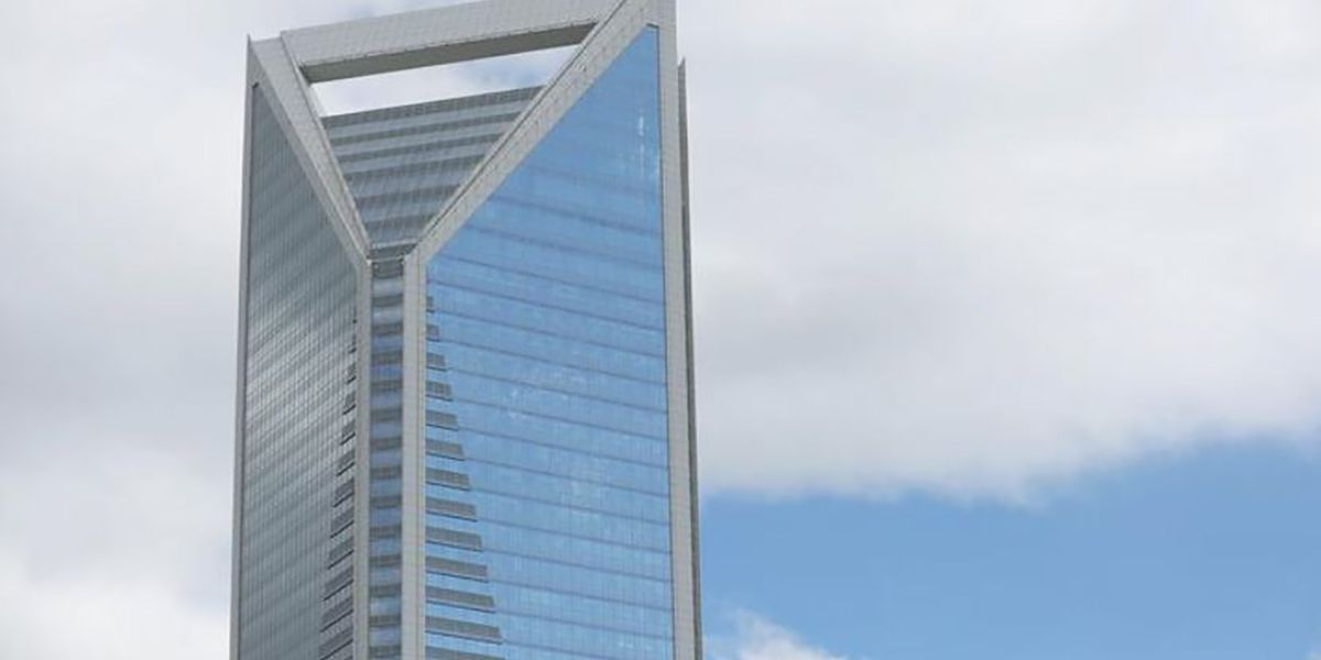 Duke Energy makes offer to purchase troubled South Carolina utility