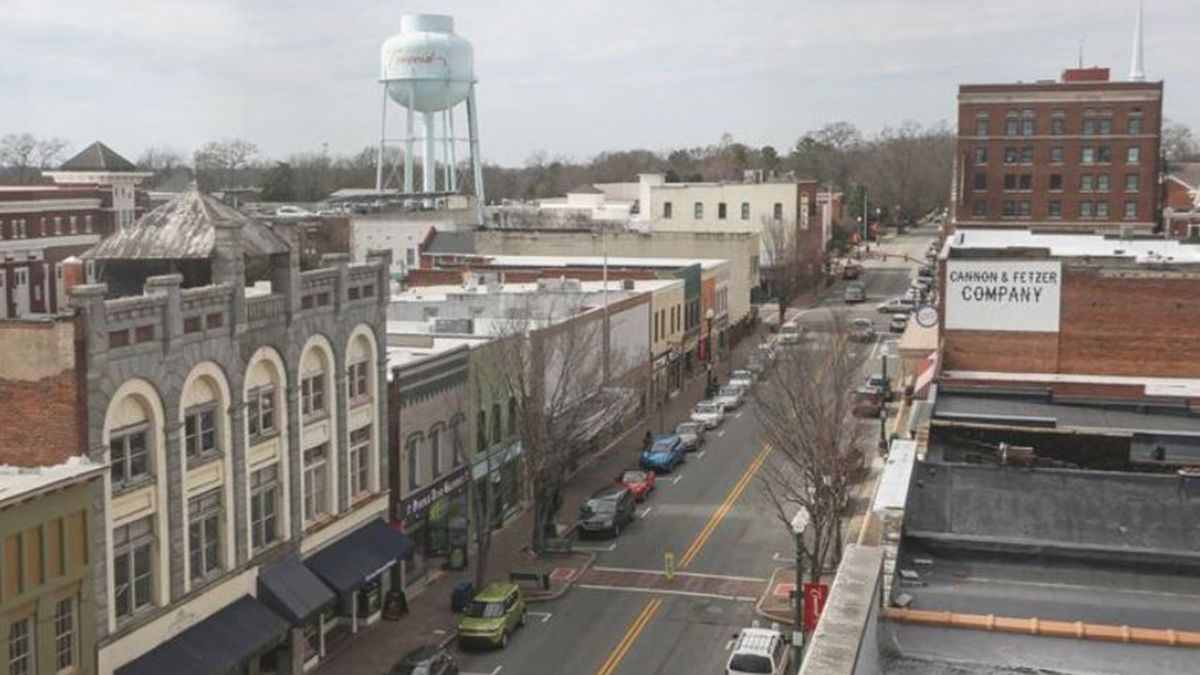 Small city in Charlotte region ranks among tops in nation for economic growth