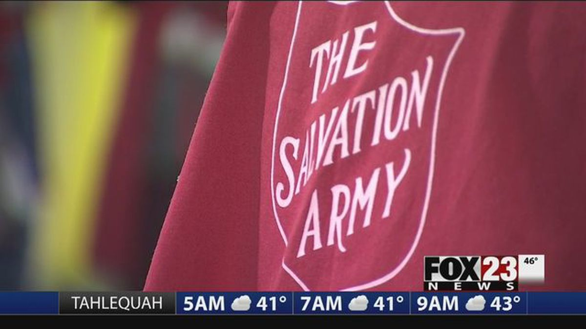 Credit cards accepted by Salvation Army bellringers at ...