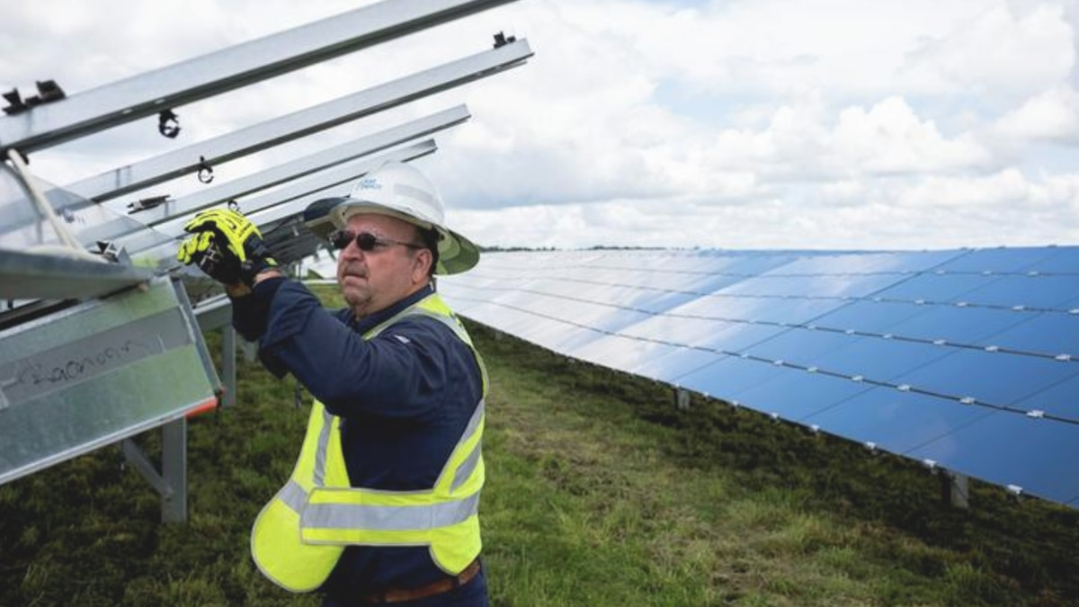 Duke Energy starts construction on two solar projects in region