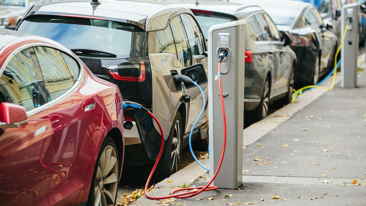 SPONSORED: 5 mistakes not to make when shopping for an electric car