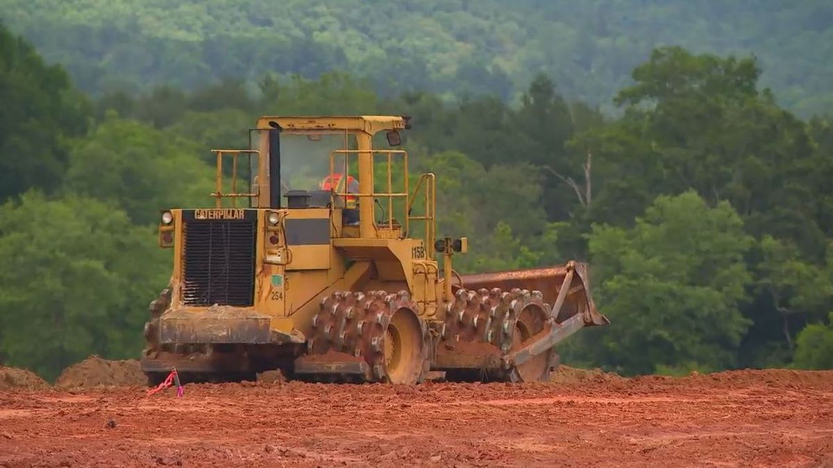 Construction begins on what will be largest greenhouse for leafy greens in NC