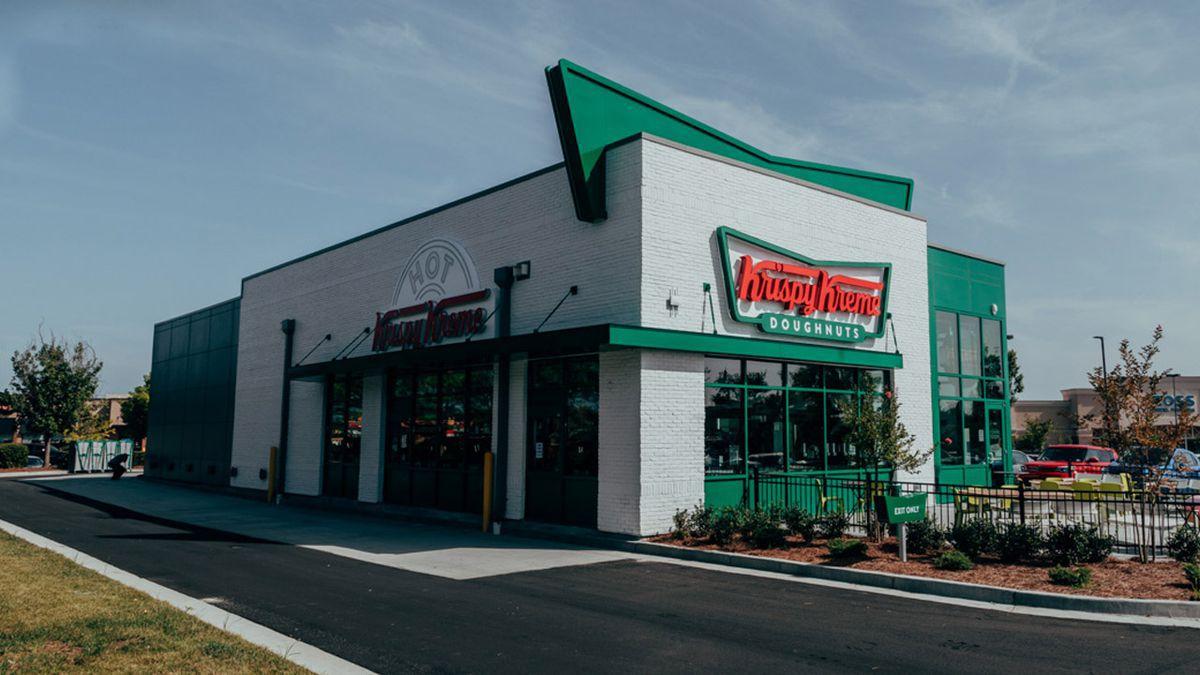 Krispy Kreme giving free doughnuts to doctors, nurses, healthcare workers