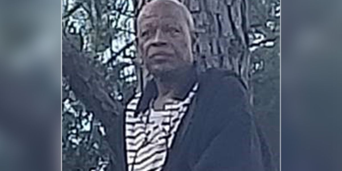 Remains of missing 60-year-old Charlotte man found behind shopping center