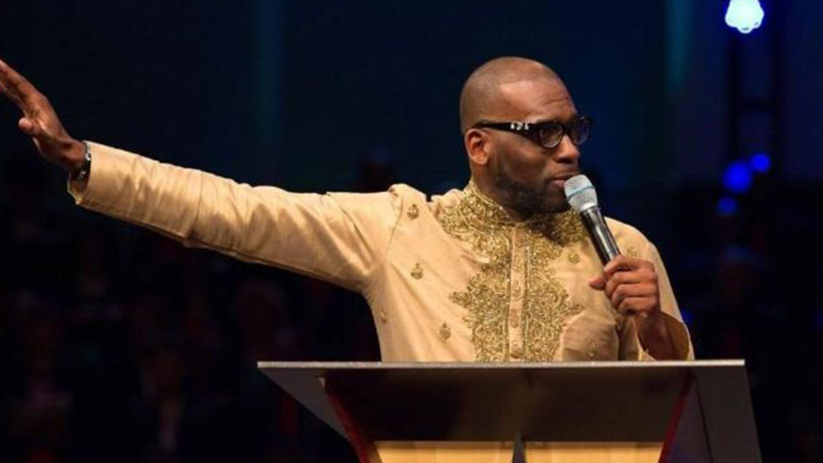 Pepper spray released at megachurch during sermon