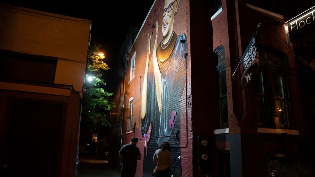 Artists paint mural in less than 24 hours to honor Ruth Bader Ginsburg