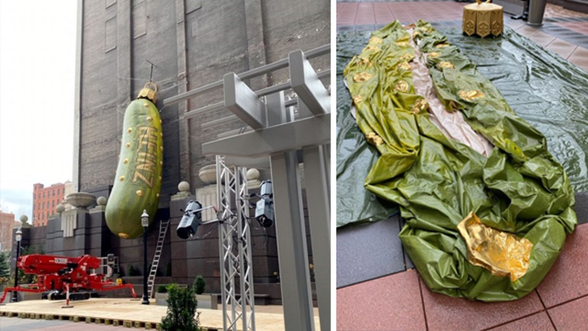 Pittsburgh's pickle pops as giant balloon bursts during holiday installation