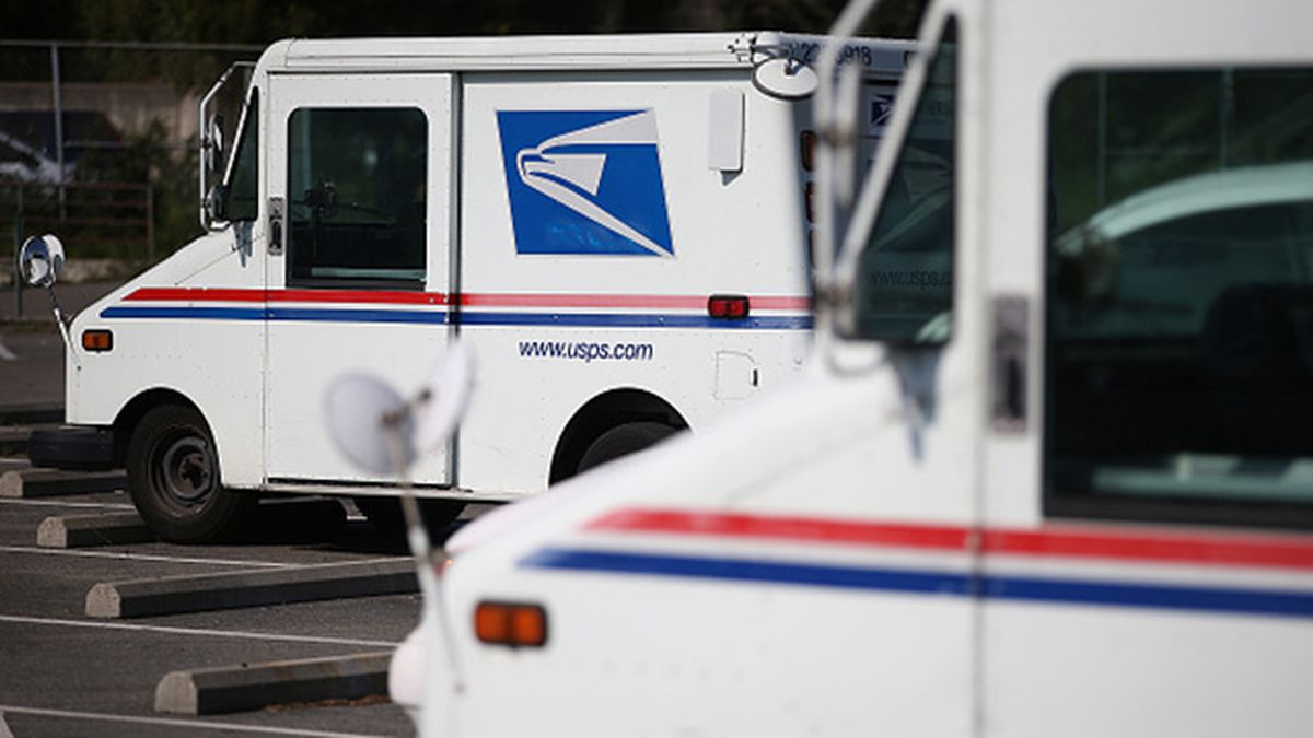 NC postal worker admits he failed to deliver mail for years