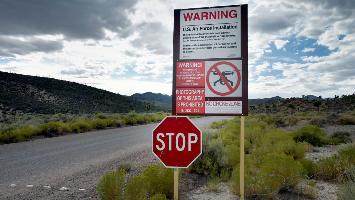 Dutch YouTubers arrested for trespassing near Area 51