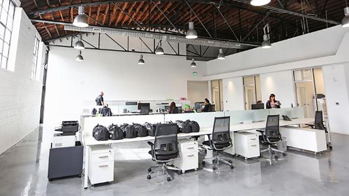 Italian Company Transformed 1950s Radiator Shop Near Uptown Into Sleek Office Space