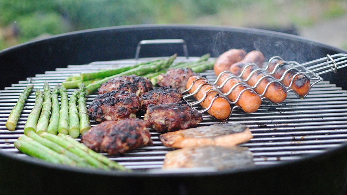 Coronavirus: How to ensure you and others can stay safe during Memorial Day barbecues