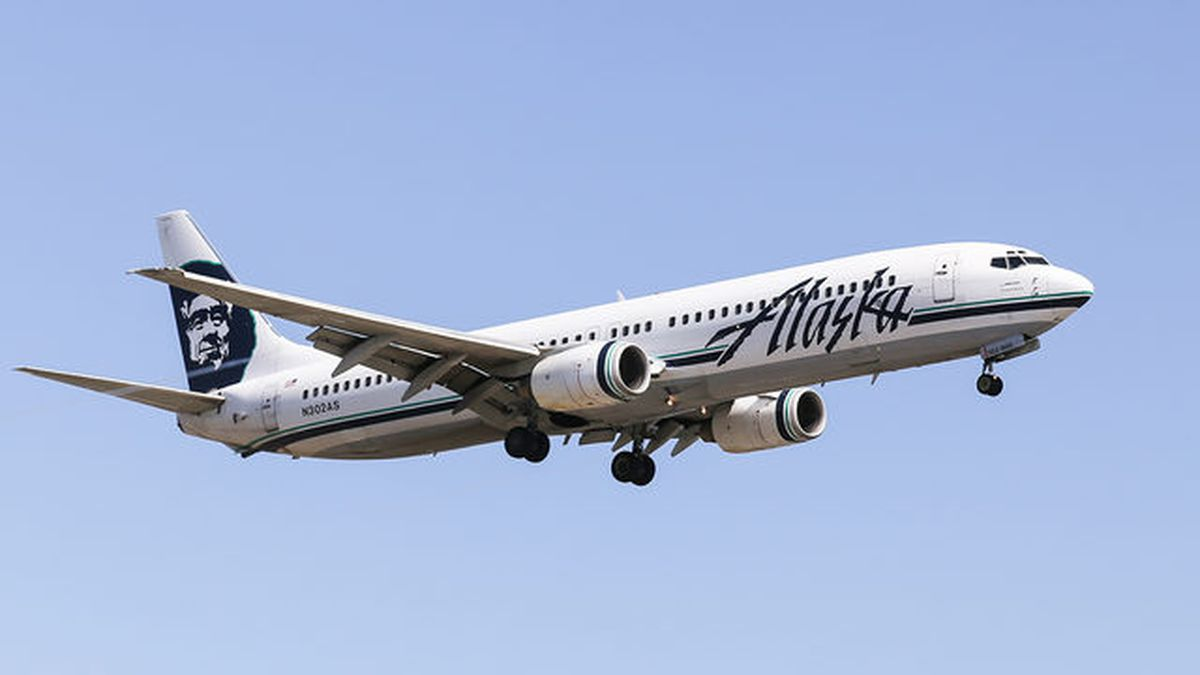 Alaska Airlines loses 13-year-old daughter, Fayetteville father says