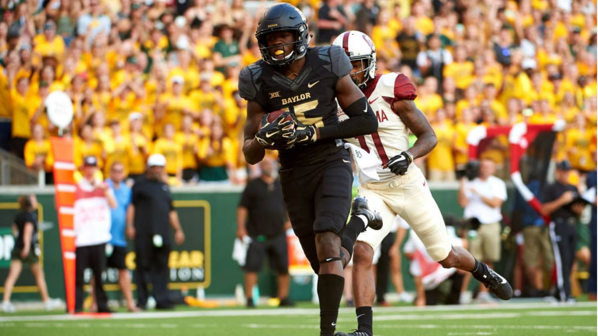 Room to spare: Baylor WR Denzel Mims invites father, son to bowl with the Bears