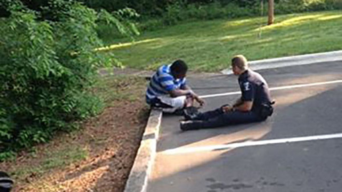 Facebook post of CMPD officer comforting teen with autism goes viral