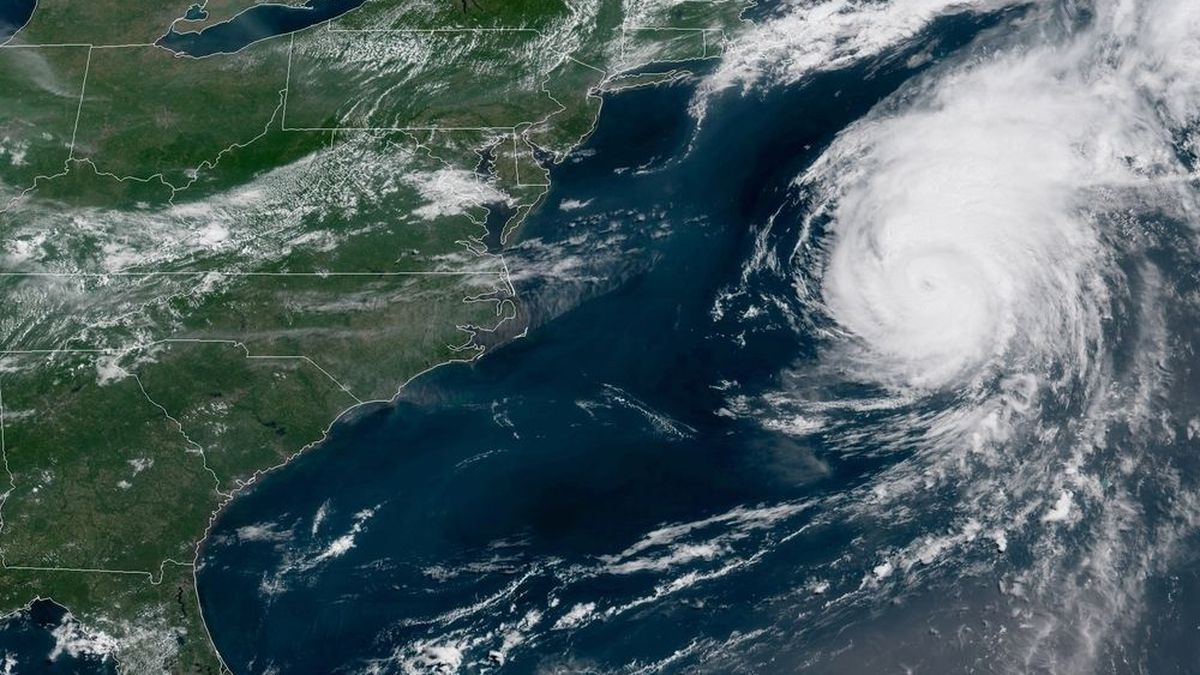 Hurricane Chris threatens East Coast with dangerous rip currents through weekend