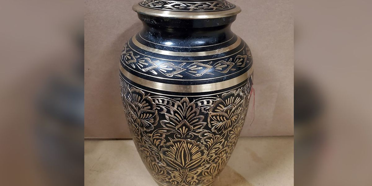 Owner of stolen urn found, Lincoln County sheriff says