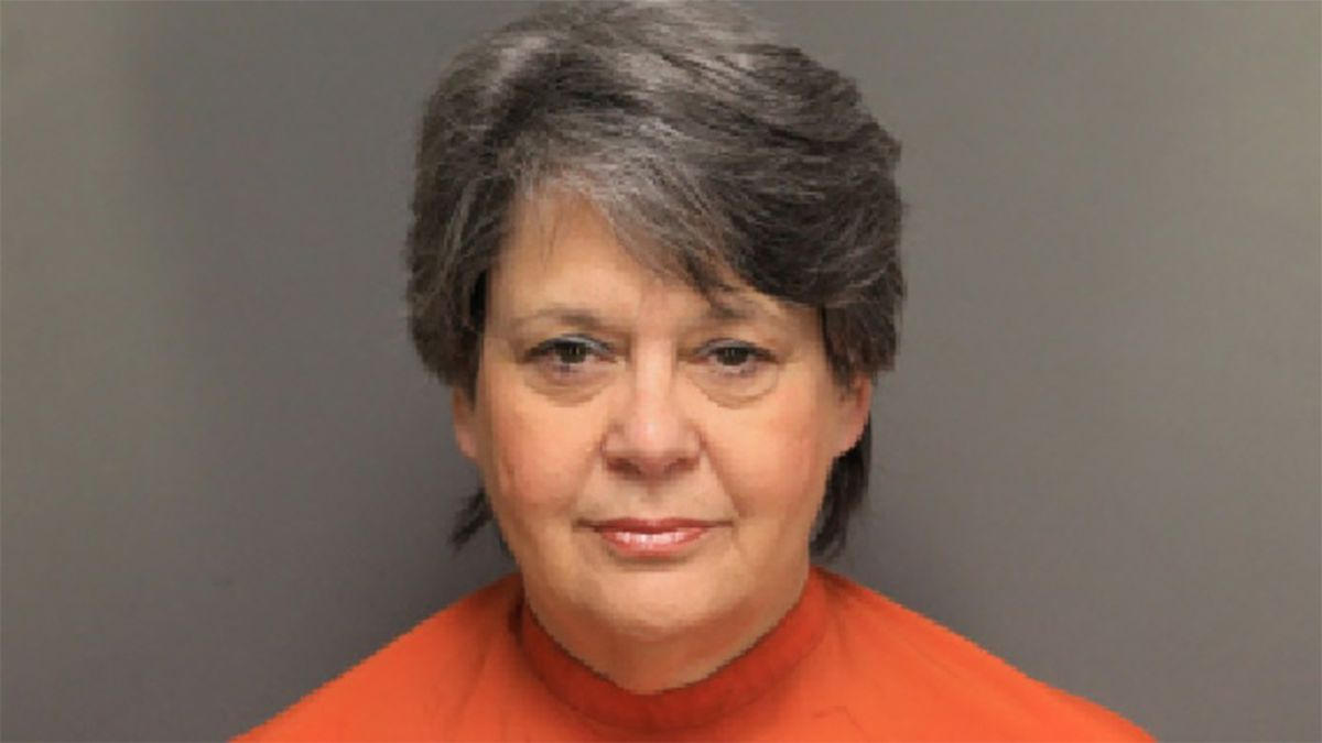 Former SC elementary school teacher accused of dragging student down hallway by hair