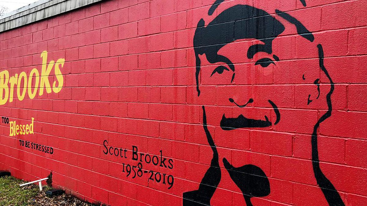 Brooks' Sandwich House to reopen after monthlong closure due to COVID-19
