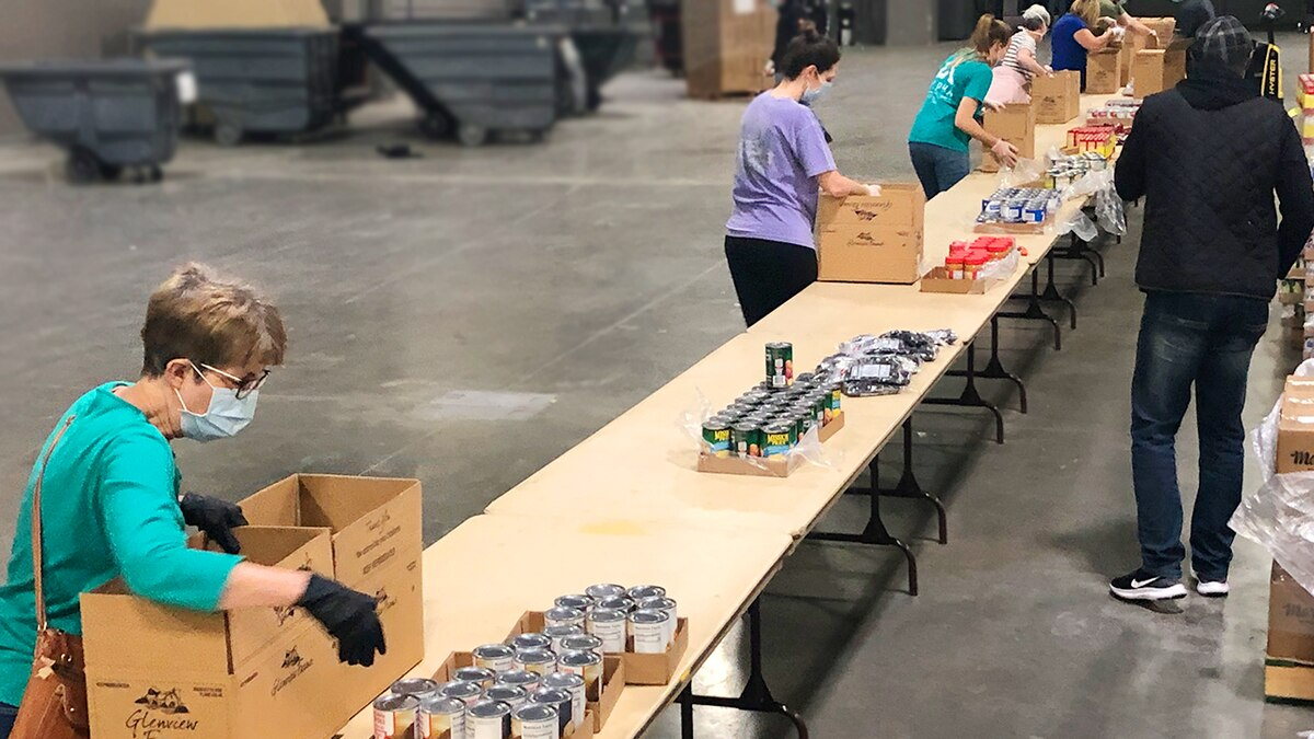 Volunteers pack food boxes, Carolina food insecurity grows in COVID-19 crisis